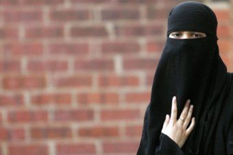 burka past continuous